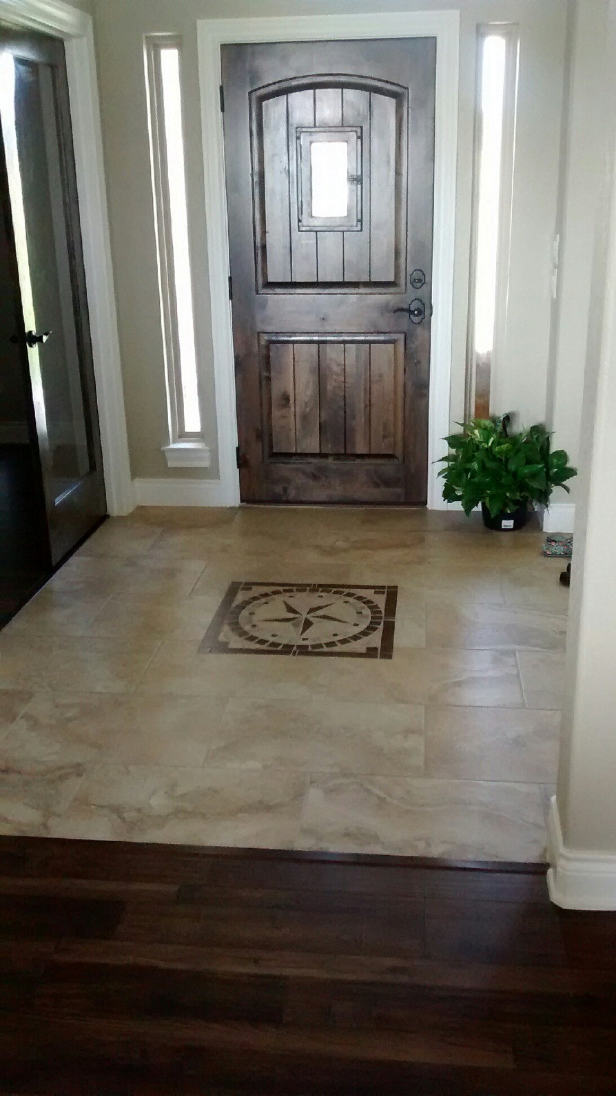 Entry Tile with Door